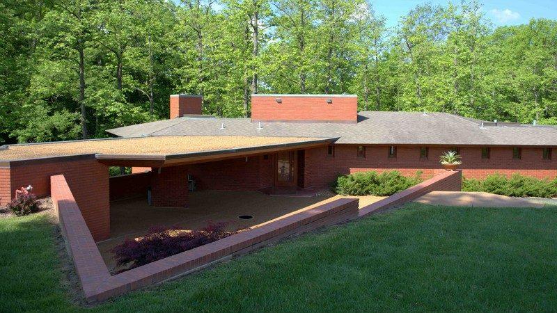 FL Wright's Ebsworth house at Missouri