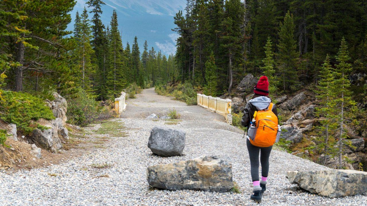 Saskatchewan Glacier hike | thenomadstudio