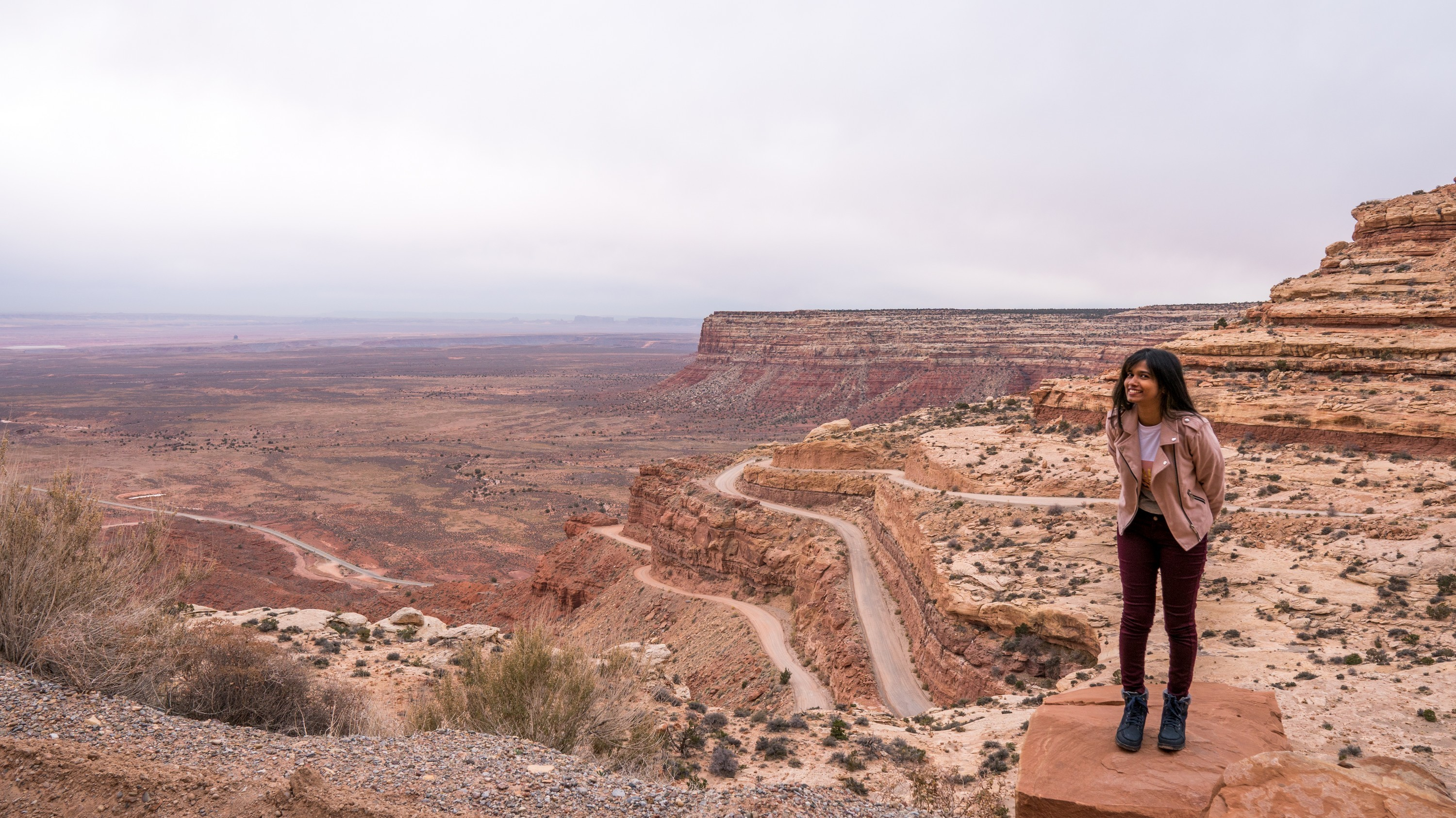 Moki Dugway & Forrest Gump point | Photo ops | Utah