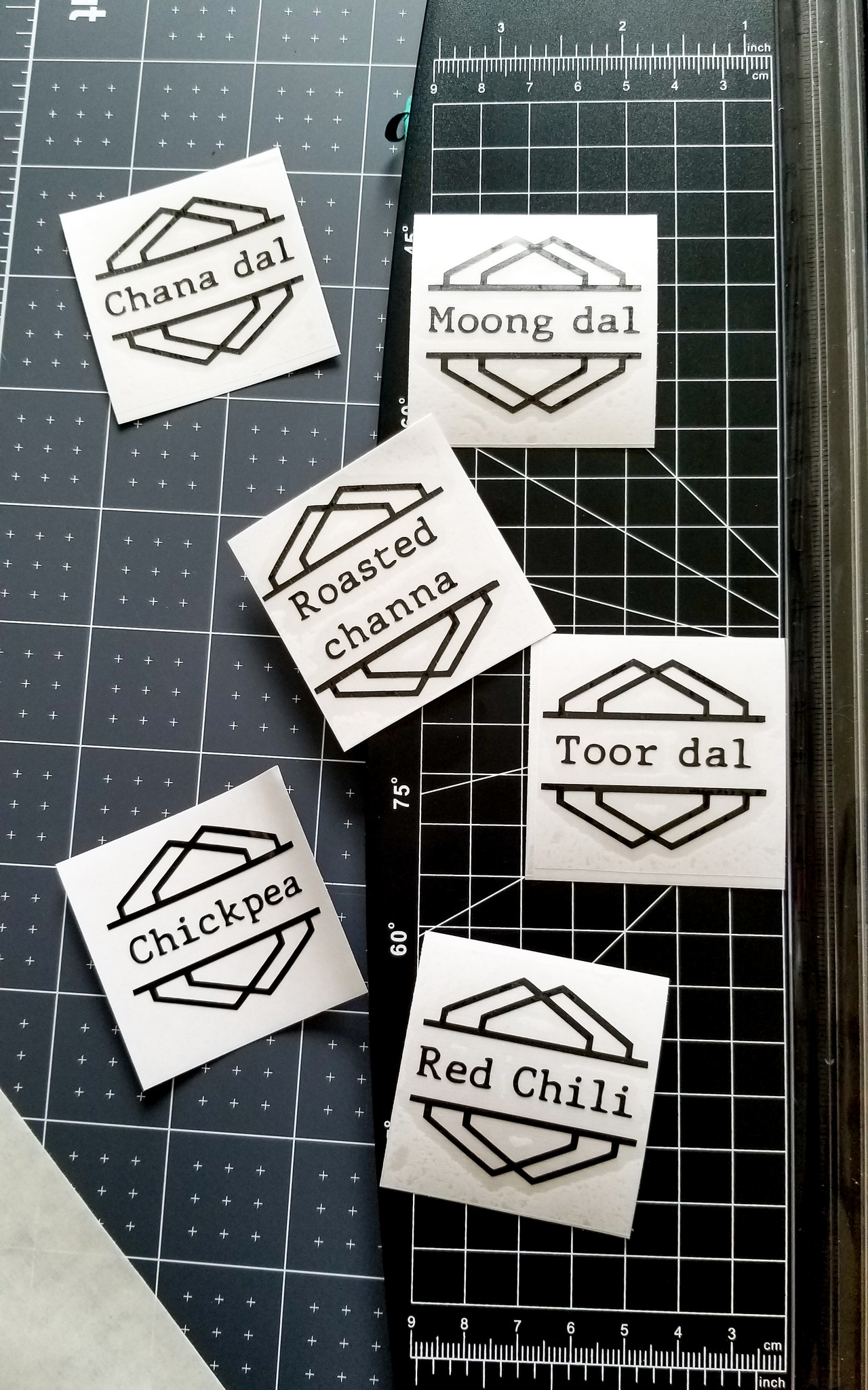 Geometric Label design with Cricut