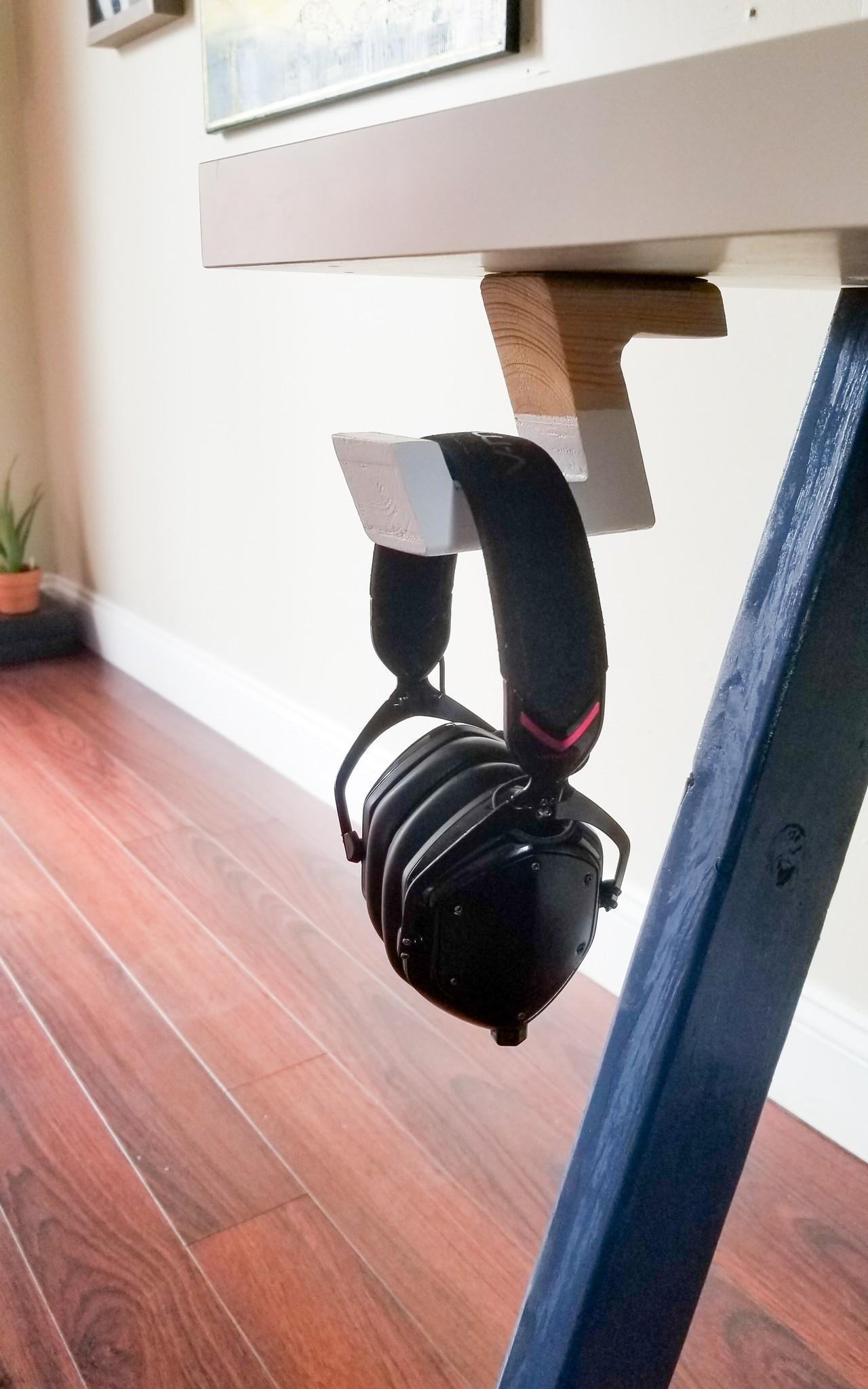 DIY Headphone Hanger under Desk