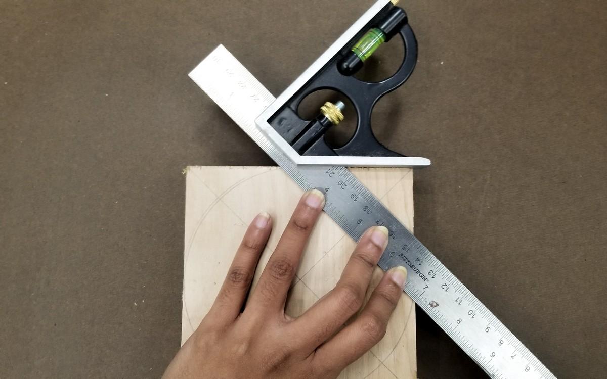 DIY Geometric Headphone stand