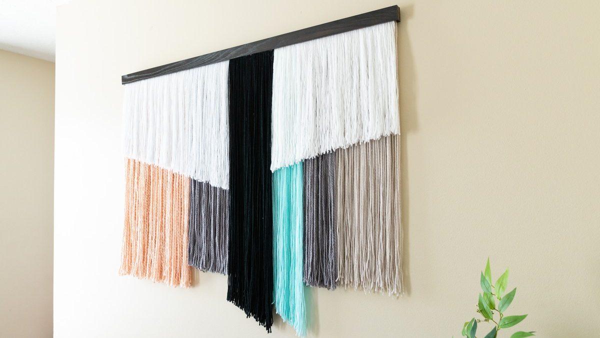 DIY Giant wall hanging decor with yarn